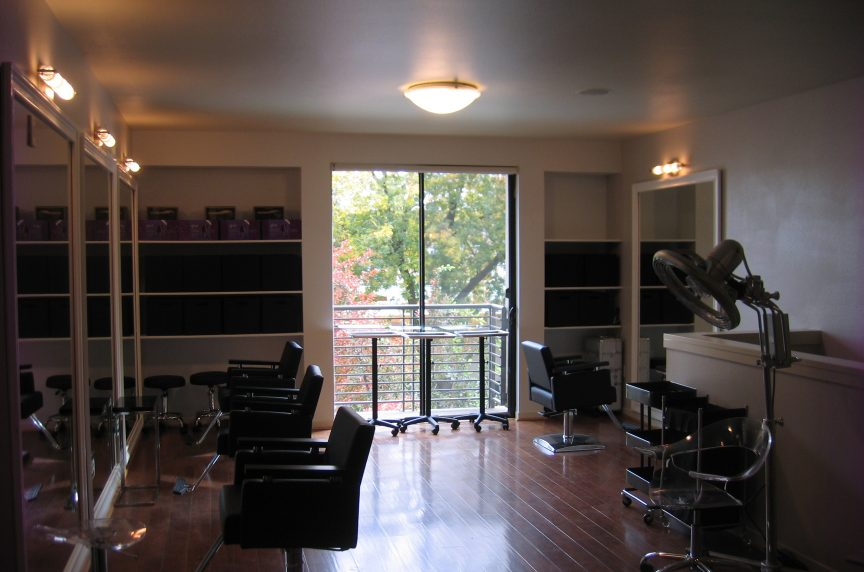 Kollage Salon